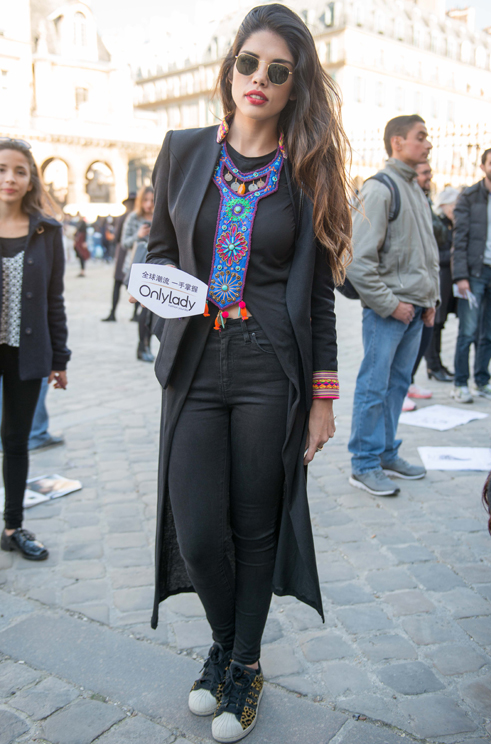 """营造""""不刻意""""的巴黎时尚"""