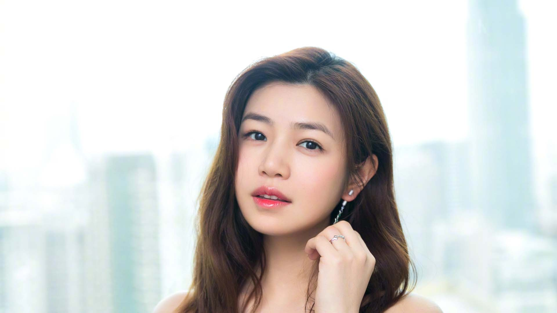 """陈晓陈妍希的恩爱日子被赵丽颖打破?他俩的婚姻""""被""""第三者插足了吗?"""